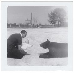 Anon., USA, ca. 1960s Snapshot, 3½x 3½ ins.(9 x 9cm) © Fine Vernacular Photography