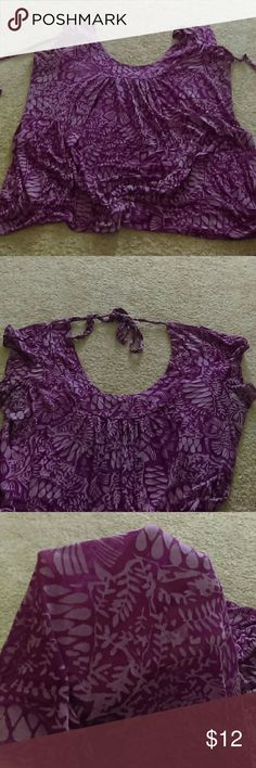 Top Bohemian style short sleeve top, tie back beautiful light airy fabric , Torrid brand but the tag is gone was scratchy :/  worn alot but still has lots of life left, stretchy material. torrid Tops Blouses