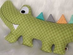 Ideas For Patchwork Baby Pillow Projects Sewing Toys, Baby Sewing, Sewing Crafts, Sewing Projects, Baby Boy Toys, Patchwork Baby, Fabric Toys, Baby Pillows, Animal Pillows