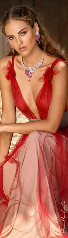 red gown, pink jewel accents hmmm
