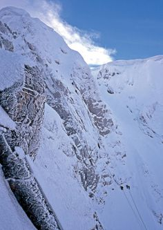 Ben Nevis North Face - © Lukasz Warzecha. In the UK, a very difficult route in winter.