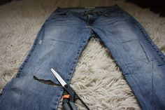 Sometimes even your most beloved pair of jeans just need a change. To update your favorite old pair for fall, learn how to cut the bottom of your jeans for DIY perfection. Of course, fraying the edges is optional, but a perfectly on point fashion cho