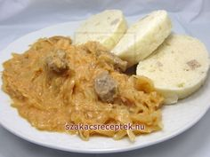 Excellent classic recipe of Hungarian cuisine. Serve with steamed dumpling. Hungarian Cuisine, Hungarian Recipes, Russian Recipes, Goulash Recipes, Pork Recipes, Cooking Recipes, Recipies, Sauerkraut, Paprika Pork
