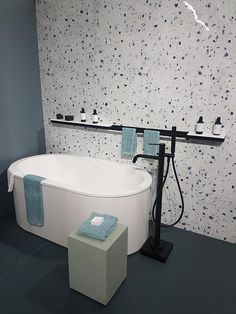Bathroom Niche: Learn How To Choose And See Ideas With Photos - Home Fashion Trend Bathroom Niche, Bathroom Trends, Bathroom Kids, Laundry In Bathroom, Small Bathroom, Restroom Design, Bathroom Interior Design, Terrazzo, Bath Remodel