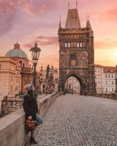 3 Tage in Kopenhagen: Ultimate Travel Guide - Reisen Budapest, Day Trips From Prague, Top 10 Instagram, Visit China, Prague Travel, London Travel, Whatsapp Wallpaper, Voyage Europe, Ultimate Travel