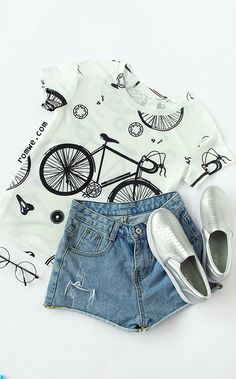Black and White Bike Print Short Sleeve T-shirt