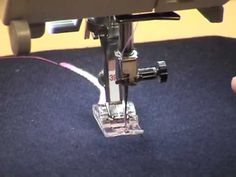 33) BERNINA presser feet -- Embroidery foot with clear sole #39