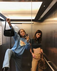 i love clothes Cute Friend Pictures, Best Friend Pictures, Friend Pics, Looks Style, Looks Cool, My Style, Bff Goals, Best Friend Goals, Mode Outfits