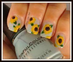 Southern Sister Polish: Nail Art Wednesday......Sunflowers