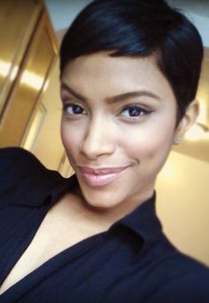 {Grow Lust Worthy Hair FASTER Naturally}>>> www.HairTriggerr.com <<<    That Face Is Perfect for a Pretty Pixie!!!