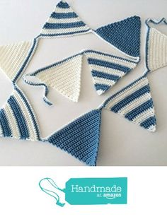 Blue Crochet Garland / Bunting from The Knotty Home Quick Crochet, Crochet For Boys, Crochet Home, Love Crochet, Crochet Baby, Knit Crochet, Crochet Bunting, Crochet Garland, Crochet Decoration