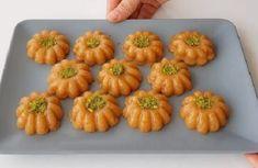 helva tarifi yani tulumba helvası olarak da bilinen Zucchini, Fruit, Vegetables, Desserts, Food, Gardening, Kitchens, Recipes, Tailgate Desserts