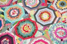 Maple Leaf Rag by Sarah Fielke in Material Obsession 2 Sarah Fielke Quilts, Gees Bend Quilts, Rag Quilt Patterns, Quilting Designs, Quilting Ideas, String Quilts, Quilt Festival, Hexagon Quilt, Scrappy Quilts