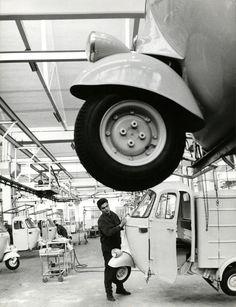 Piaggio factory Ape production