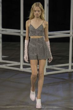 Alexander Wang Spring 2014 Ready-to-Wear Fashion Show - Anna Ewers