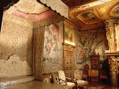 Interior Chateau De Cherveny   ... room covered completly in tapestries - inside of Chateau Cheverny