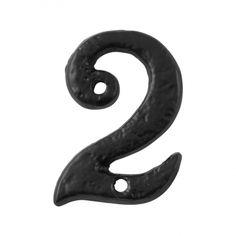 KP1977 huisnummer 2. Prachtig, landelijk huisnummer van Kirkpatrick, in smeedijzer zwart. House Numbers, Home, Enamel, Alphabet Soup