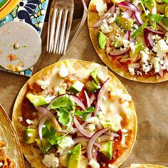 Build your pizza on a whole grain pita half, flatbread, tortilla, English muffin half, or other nutritious, low-calorie grain: http://www.bhg.com/recipes/healthy/eating/how-to-make-a-healthy-pizza/?socsrc=bhgpin050814getcreativewithpizzacrust&page=1