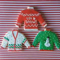 This listing is for one dozen custom decorated sugar cookies. These ugly Ch… Advertisements This listing is for one dozen custom decorated sugar cookies. These ugly Christmas sweater cookies would be a fun addition to your next party… Continue Reading → Christmas Sugar Cookies, Christmas Sweets, Christmas Goodies, Holiday Cookies, Christmas Baking, Christmas Biscuits, Tacky Christmas, Christmas Gingerbread, Christmas 2019