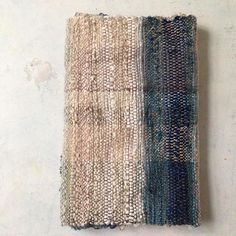 Inbetween fun project #saori #saoriweaving #handweaving #scarf Textiles, Shibori, Handmade Crafts, Fun Projects, Fiber Art, Hand Weaving, Tapestry, Instagram Posts, Boro
