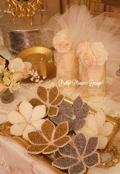 Pretty Please Design Sofreh flowers...Gorgeous!