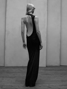 acne dress with sculptural cut-outs Ny Dress, Dress Me Up, Prom Dress, Fashion Details, Fashion Design, Fashion Tips, Mens Fashion, Mode Inspiration, Dress Backs