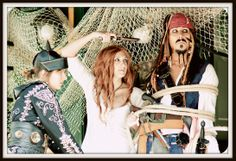Jack Sparrow cosplay and girls