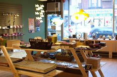 Hanji Handmade Paper and Gifts, Bloor Street W, Koreatown/The Annex, Toronto, Ontario, Canada. Beautiful little shop with Korean-made stationery items and gifts (and bookmaking supplies!). Visited 1x, May 2012.
