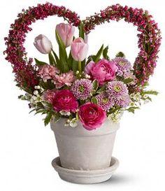 Valentine's Day Floral Bouquet Valentine Love, Flowers For Valentines Day, Valentine Crafts, Valentine Bouquet, Romantic Flowers, Lavender Flowers, Beautiful Flowers, Valentine Flower Arrangements, Floral Arrangements