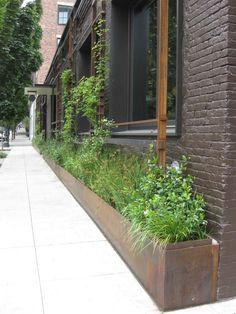Hardscaping 101: Window Boxes - Gardenista