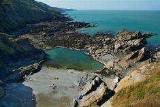 Tunnels Beach, Ilfracombe - My Winter Break 2020 Devon Beach, Exeter Devon, Devon Coast, Best Beaches To Visit, Dartmoor National Park, Devon And Cornwall, North Devon, Holiday Places, Beautiful Places To Visit
