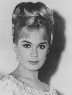 Sandra Dee and her perfectly cute hair.