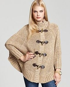 MICHAEL KORS toggle cape sweater-XL Brand-new with tags's ! gorgeous Michael Kors keep toggle front closure sweater. Shrug Sweater, Knit Cardigan, Fall Outfits For Work, Knitted Poncho, Crochet Patterns, Clothes For Women, Knitting, My Style, How To Wear