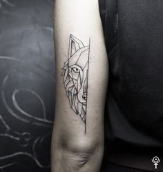 Geometric wolf by Gábor Zólyomi at Fatum Tattoo Budapestwww.facebook.com/fatumtattoo#geometric #wolf #tattoo #love