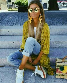 Inspiration #gypsy #gypsylife #girl #outfit #yellow
