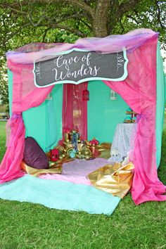 Welcome your Aladdin party guests into the magical Cave of Wonders. The perfect Aladdin party tent to let imaginations run wild.