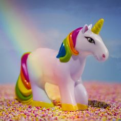 Unicorn Sprinkles Shaker - Taste the Rainbow