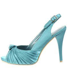 Pretty blue wedding heels :)