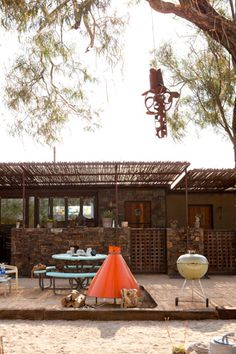 Mojave Sands boutique hotel looks like a fab place to stay in Joshua Tree