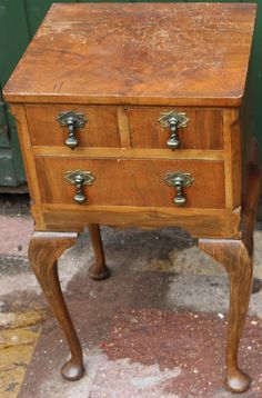 Small Useful Old Wooden Chest Of Drawers On Legs To Tidy Up Or Restore