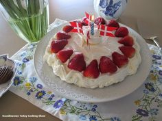 Learn how to make a Danish layer cake (birthday cake) from a Danish cook. Birthday Songs, Cake Birthday, Baking Recipes, Cake Recipes, Cupcake Cakes, Cupcakes, Homemade Birthday Cakes, Scones, Danish