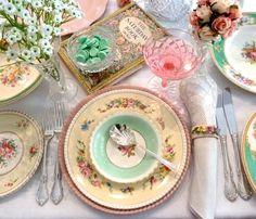 Vintage Teatime! Gorgeous!