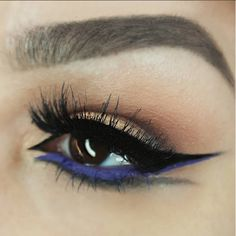 Double Wispies ON POINT with @beauty_bliss15's purple winged liner game! #doublewingedliner