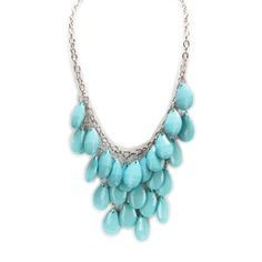 Carole Juniors Faceted Teardrop Bib Necklace #VonMaur #SpringFashion #StatementNecklace