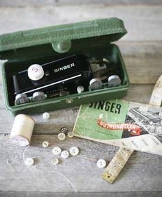 vintage singer button holer $14
