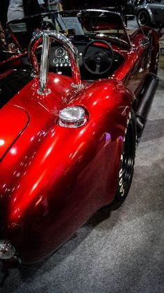 Images and video of our cobra replicas Shelby Cobra 1965, Ac Cobra 427, Shelby Cobra Replica, Shelby Car, Cobra Kit, Factory Five, Ford Classic Cars, Sports Car Racing, Convertible