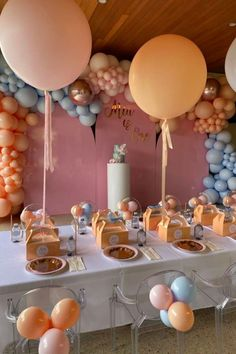 Take a look at this pretty 1st birthday party! The balloon garland is fabulous! See more party ideas and share yours at CatchMyParty.com #catchmyparty #partyideas #girl1stbirthdayparty #girl1stbirthday First Birthday Outfits, Baby First Birthday, First Birthday Parties, First Birthdays, Cake Smash, Birthday Party Decorations, Pretty In Pink, Peach, Baby Shower