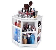 Now this would be nice to store (some of) my make-up, on my future makeup table. - This Tabletop Organizer Holds Over 100 Pieces. Tabletop Spinning Cosmetic Organizer by Lori Greiner Makeup Storage, Makeup Organization, Storage Organization, Jewellery Organization, Makeup Display, Storage Ideas, Organizing Tips, Diy Storage, Storage Solutions