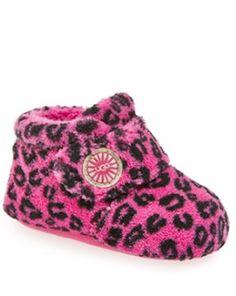 adorable #pink UGG booties http://rstyle.me/n/mkrbrr9te