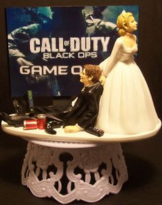 "VIDEO GAME ""CALL OF OF DUTY"" GROOM WEDDING CAKE TOPPER!"